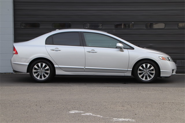 Pre-Owned 2011 Honda Civic EX