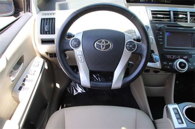 Pre-Owned 2014 Toyota Prius v Five